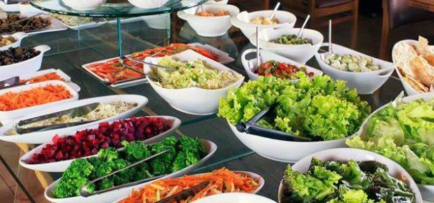 Geppos Open Mall: almoços executivos e farto buffet de saladas