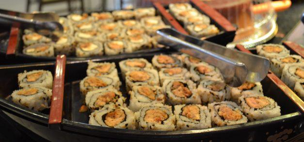 Casa do Frango: padaria, sushibar, self service para o almoço e delivery